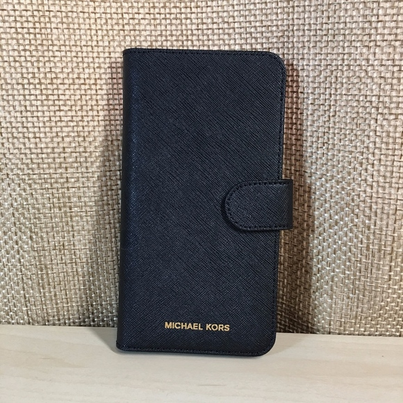 beb0977e6bb1 Michael Kors Leather Folio, Wallet Case iPhone 8+.  M_5c0169b39fe48619684fc78e